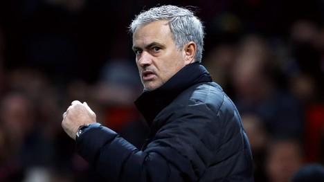 Mourinho gir helt blanke
