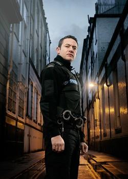 Serie: Se alle episodene av Good Cop