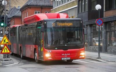 Lokale særkrav gjør bussene dyrere: - Vondt å se på