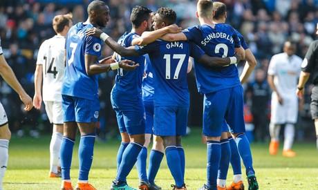 Everton fikser formsterke Newcastle